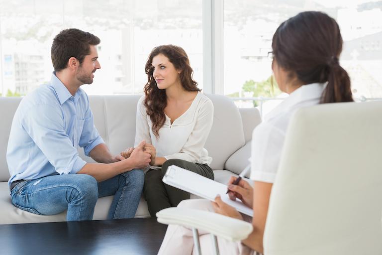 çift evlilik terapi